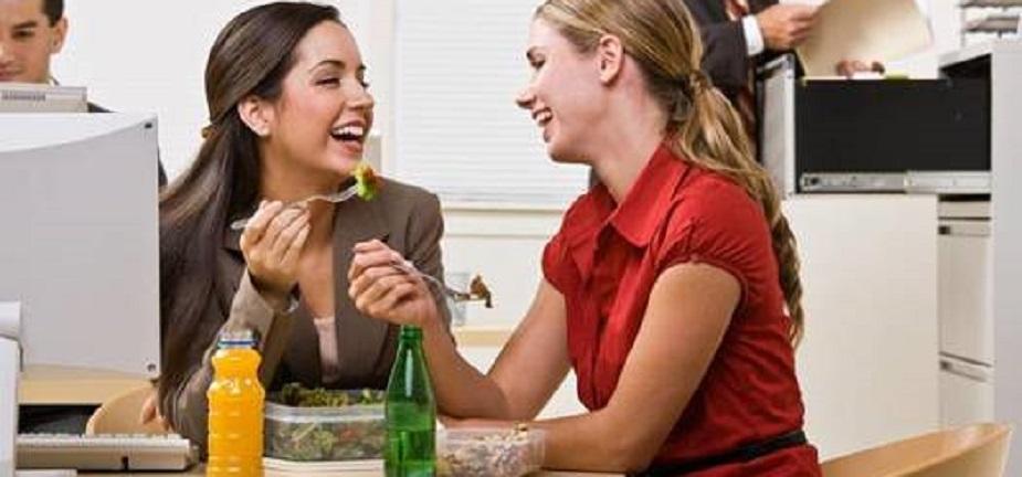 10 Tips para comer salubable en la oficina