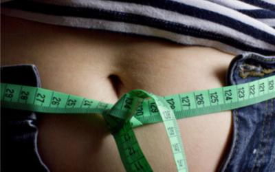 Por qué la circunferencia de cintura importa 100 veces más que tu peso