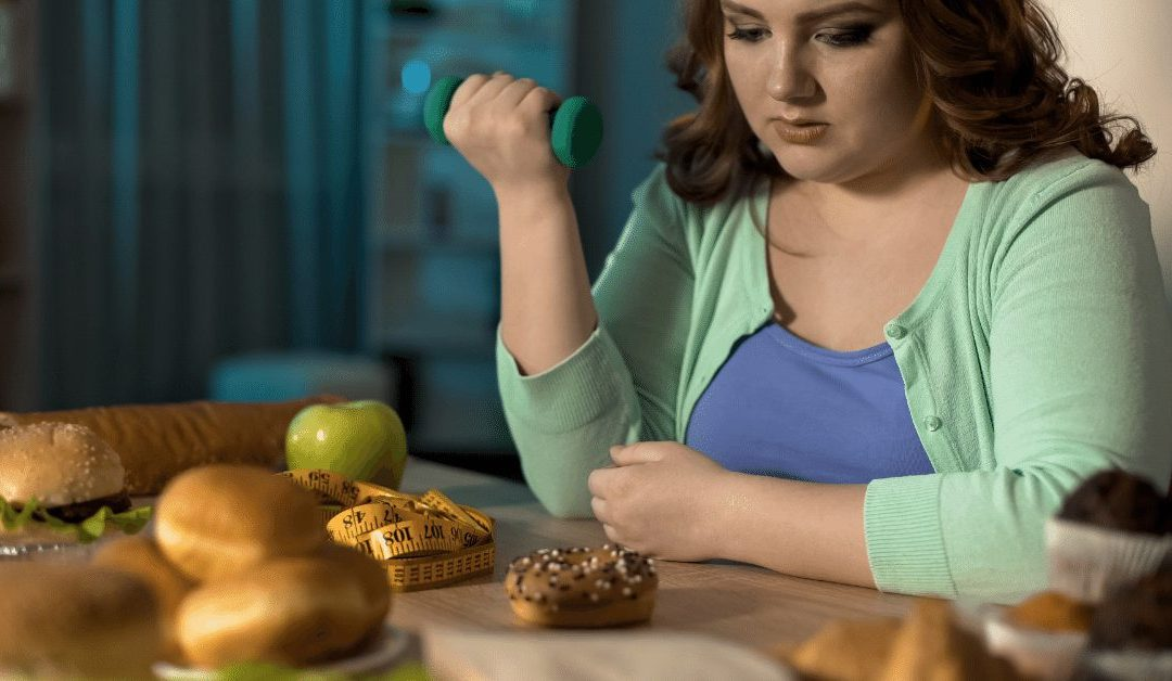 3 errores que te impiden bajar de peso (que no tienen que ver con lo que comes)